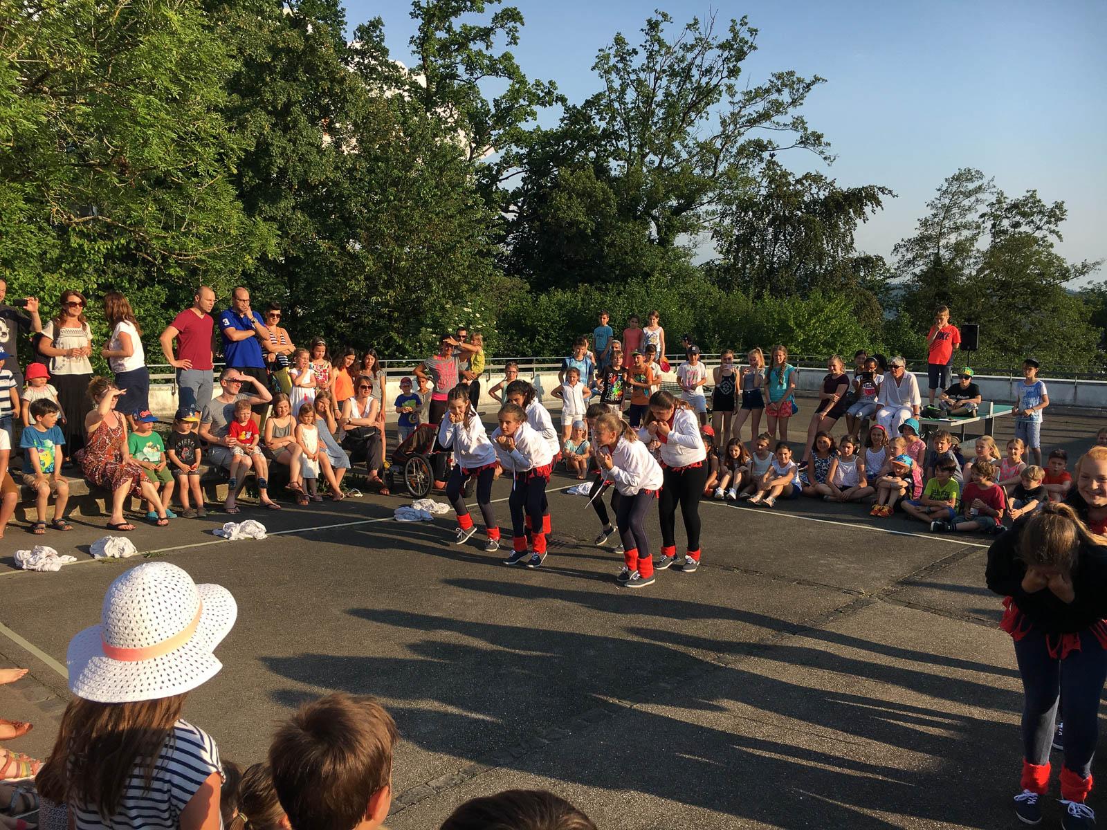 Impressionen vom Riedhof-Schulhausfest.