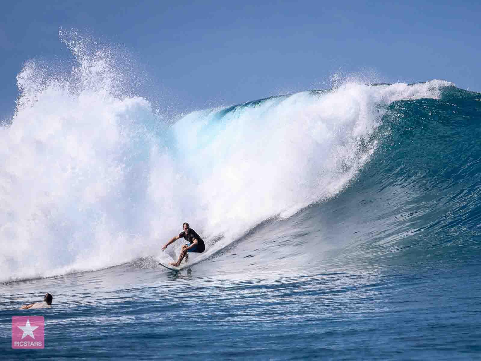 Eines von Urs Kropfs aktuellen Hobbies: Surfen.