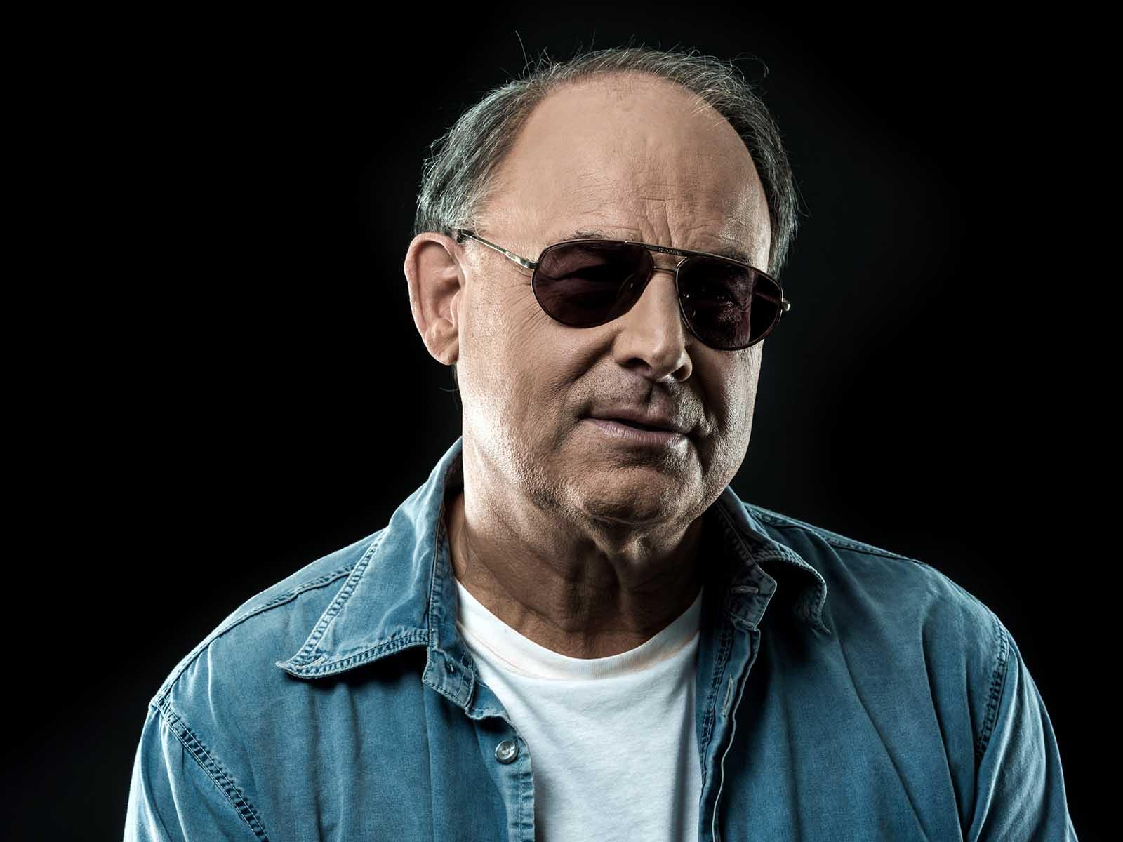 Heinrich Müller präsentiert sein fünftes Album in Höngg.