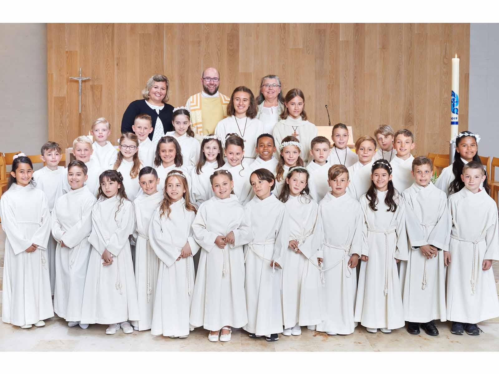 27 Kinder feierten ihre Erstkommunion zum Thema «Brot, von dem wir leben».