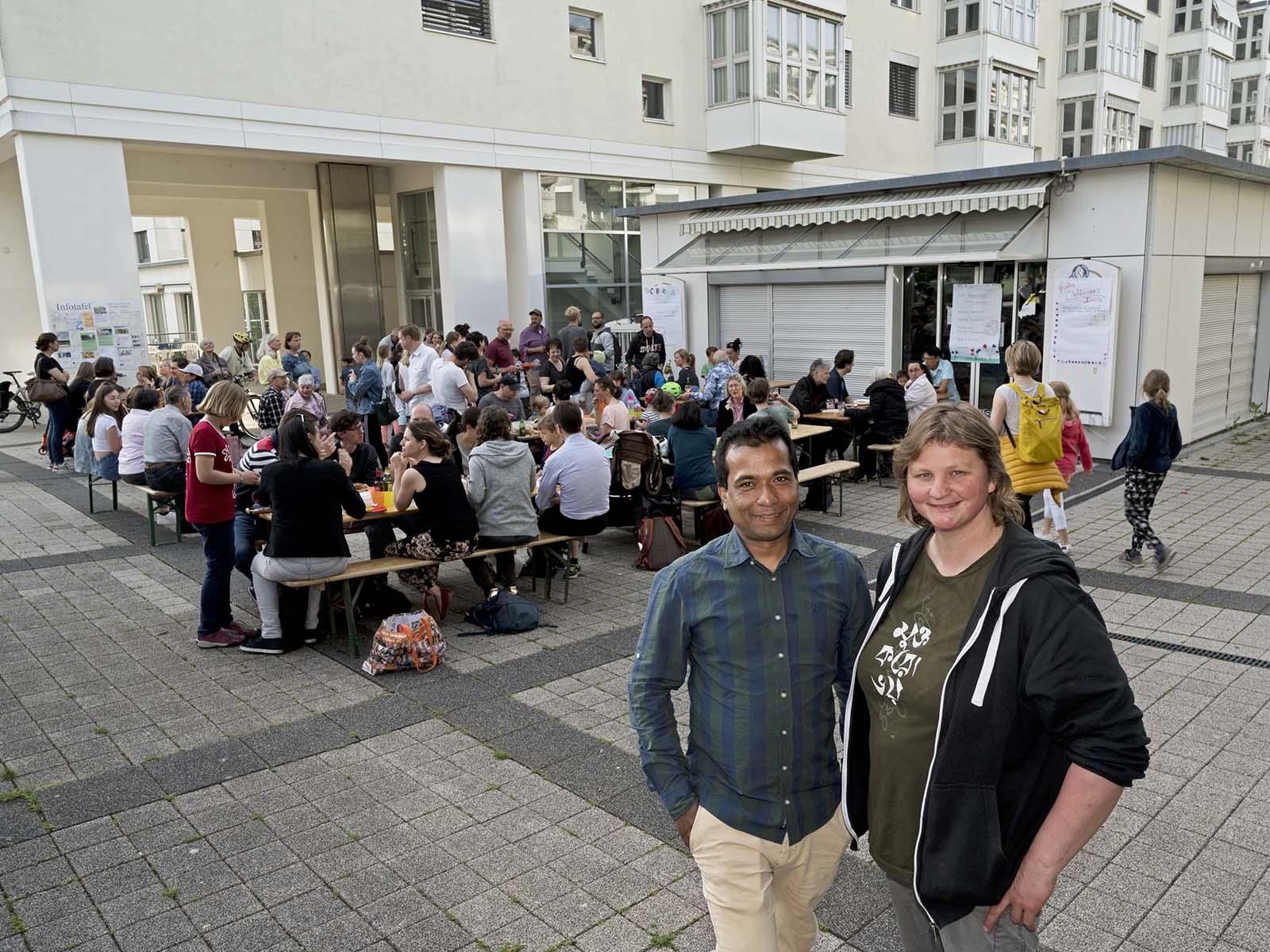 Aminul Islam und Dagmar Schräder übernehmen gemeinsam die ehemalige Filiale der Bäckerei Keller und eröffnen das «CaBaRe CaféBarRestaurant».