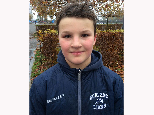 Der Sechstklässler Clemens Troxler aus dem Bläsi hat im Alter von drei Jahren mit dem Eishockey angefangen und möchte diese Sportart auch in Zukunft weiterführen.
