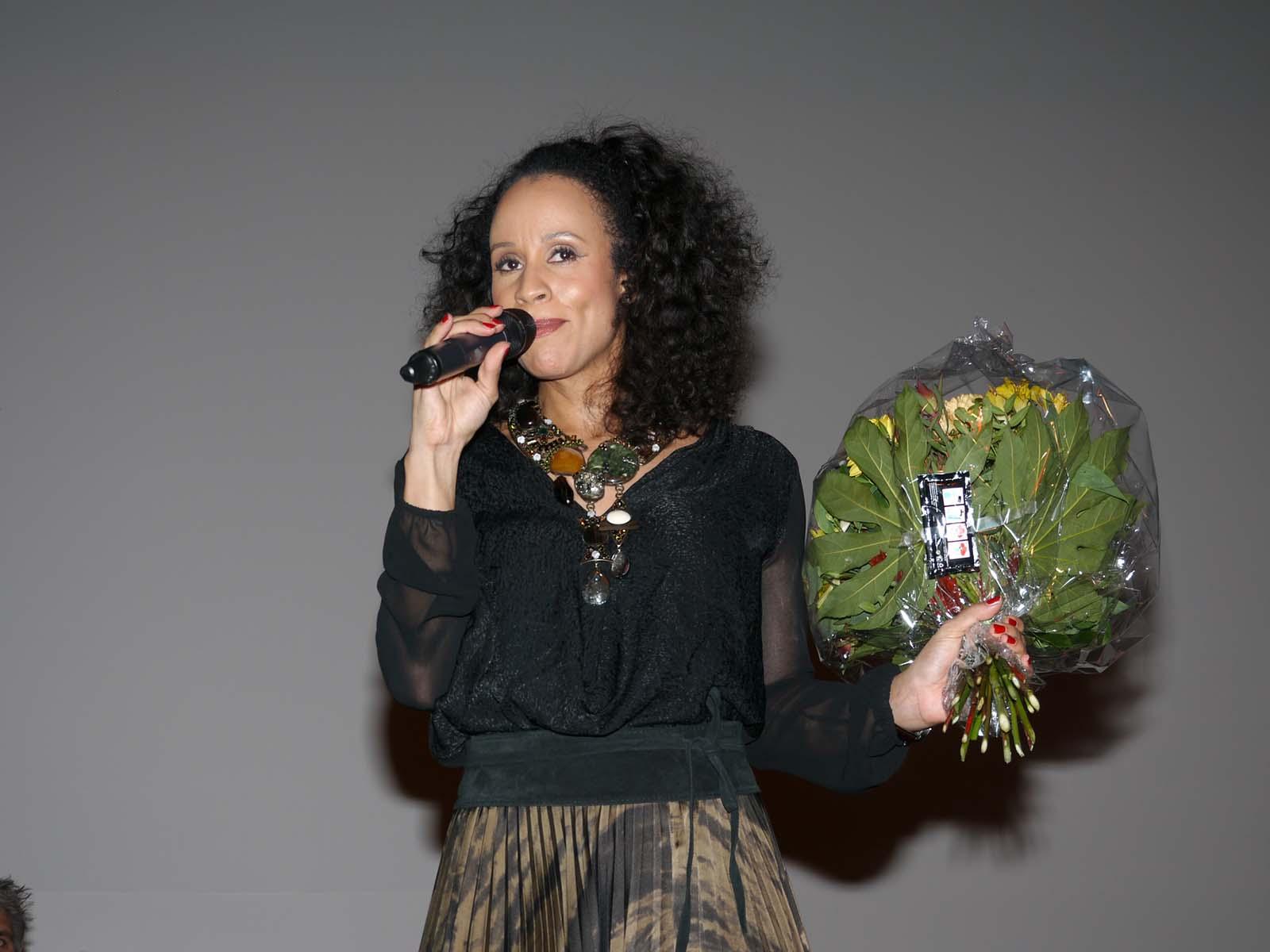 Nubya begeisterte mit ihrem Auftritt im Reformierten Kirchgemeindehaus Höngg.