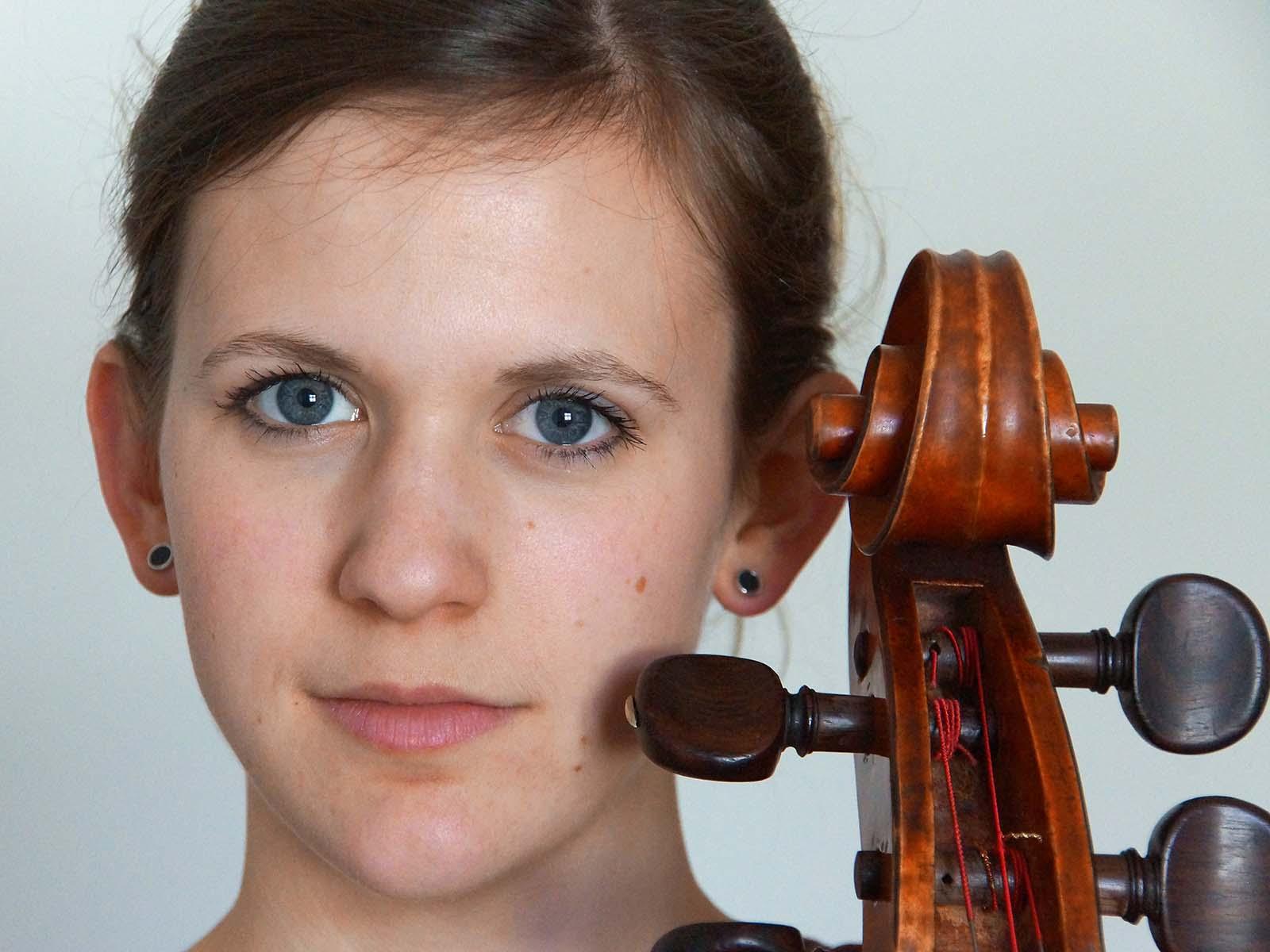 Cellistin Julia Pfenninger