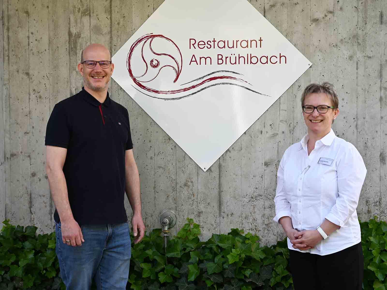 Benjamin Binder übergibt das Amt des «Chef de Service» an Elisabeth Butschke.