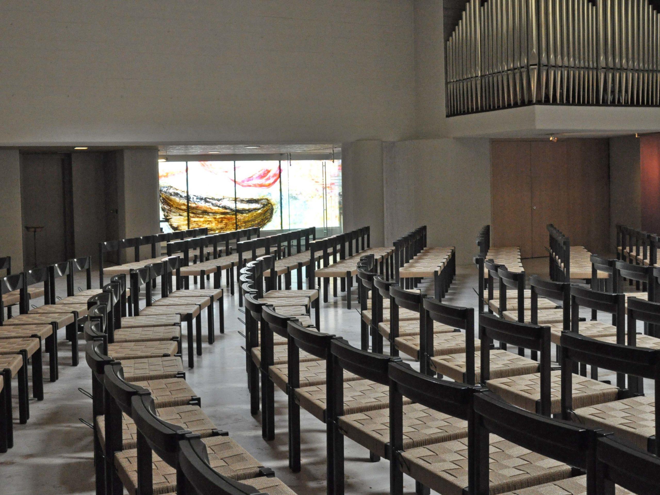 Am 7. März überträgt das Schweizer Fernsehen den Gottesdienst aus der Katholischen Kirche Heilig Geist.
