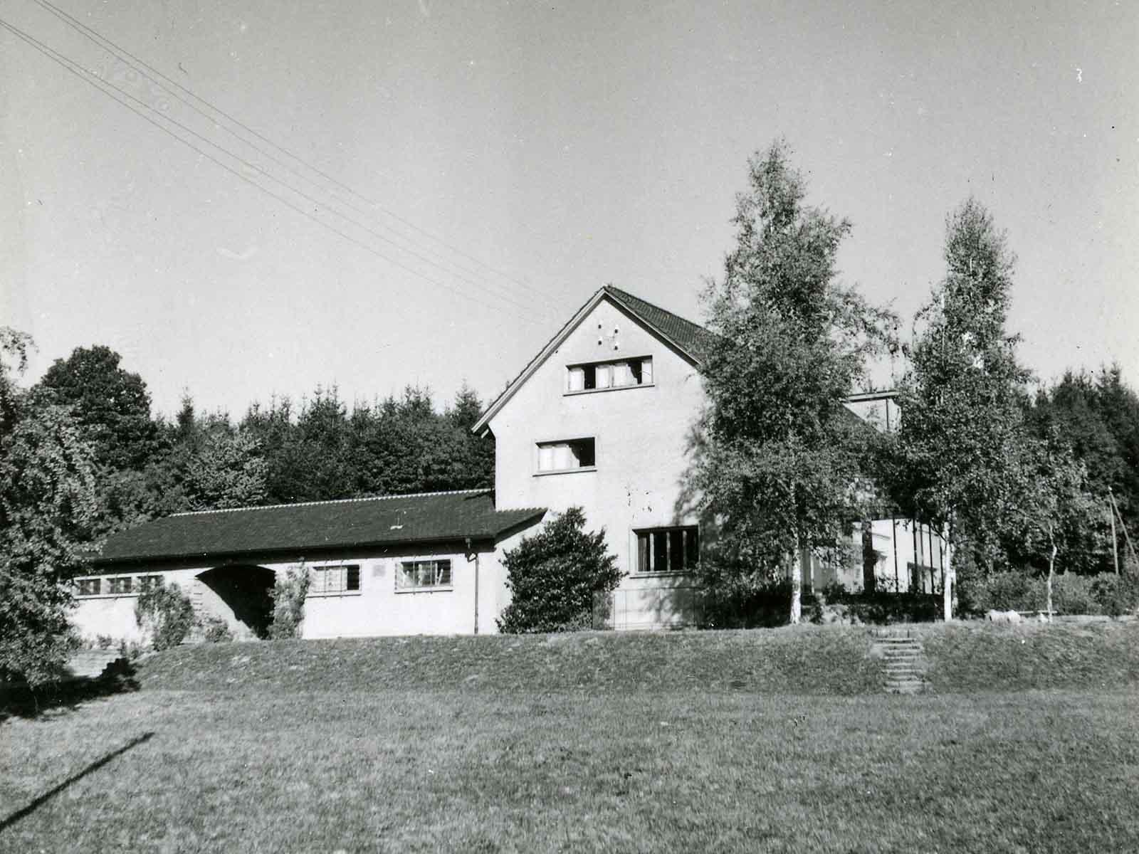 Undatierte Aufnahme des ehemaligen «Fröntlerhauses» im Heizenholz.