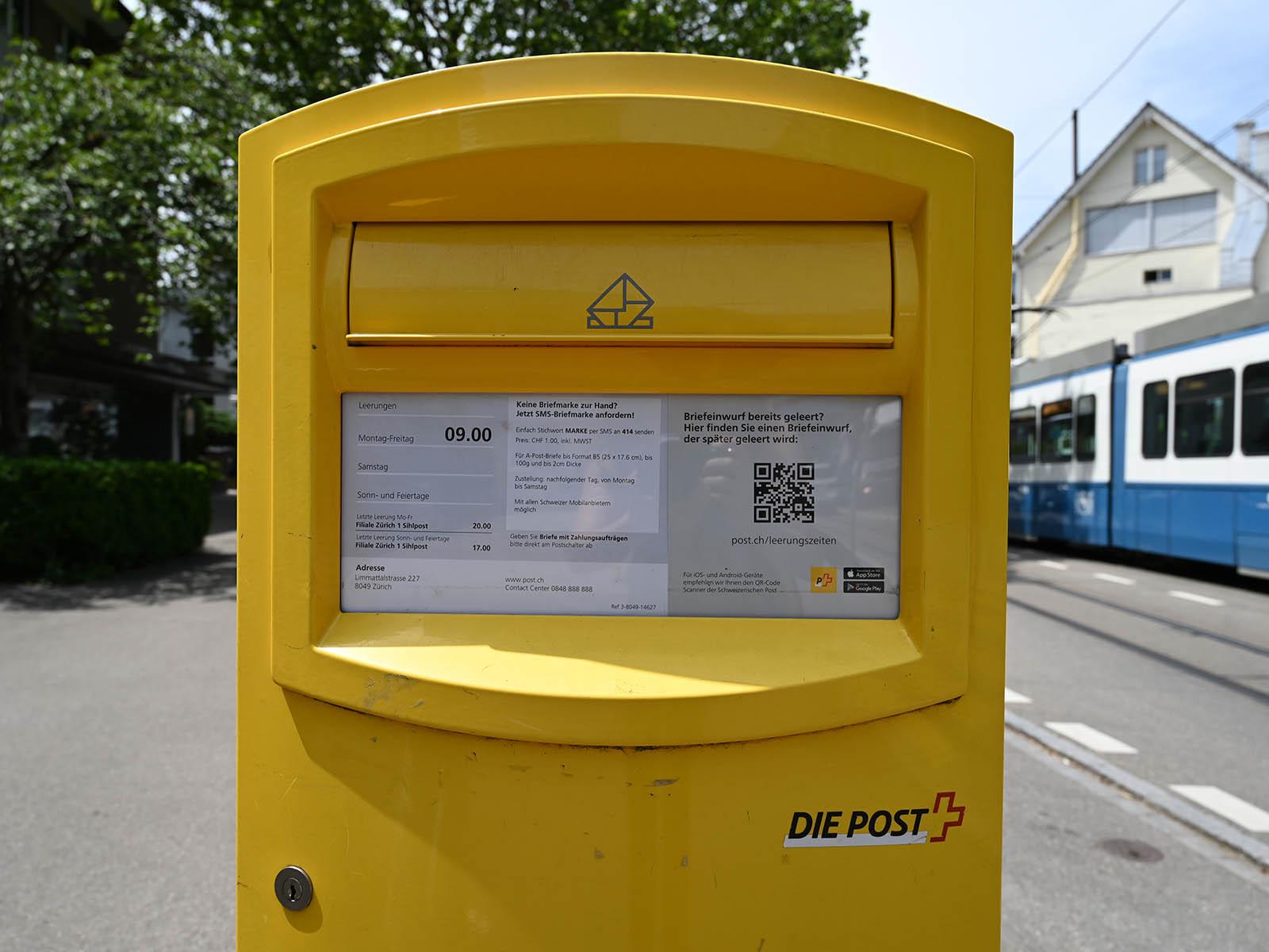 Wer seinen Brief noch am selben Tag auf den Weg schicken will, muss entweder früh raus oder weiter laufen.
